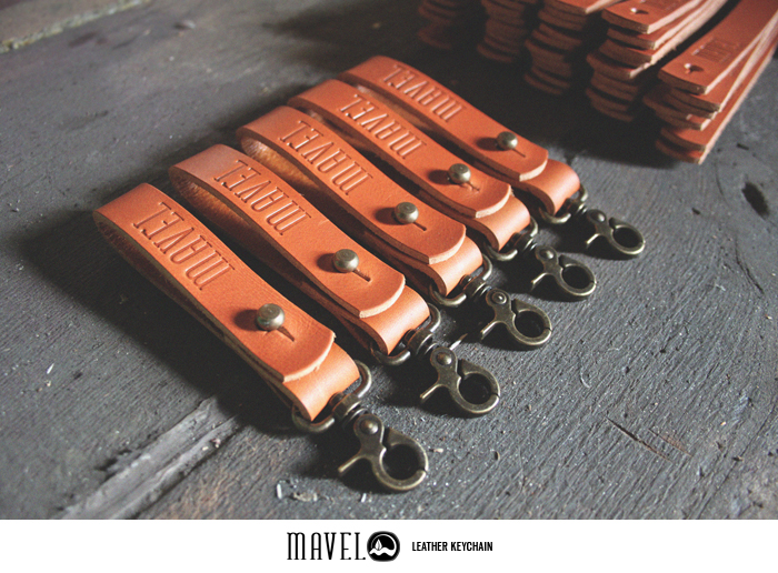 06mavel_leather-keychain