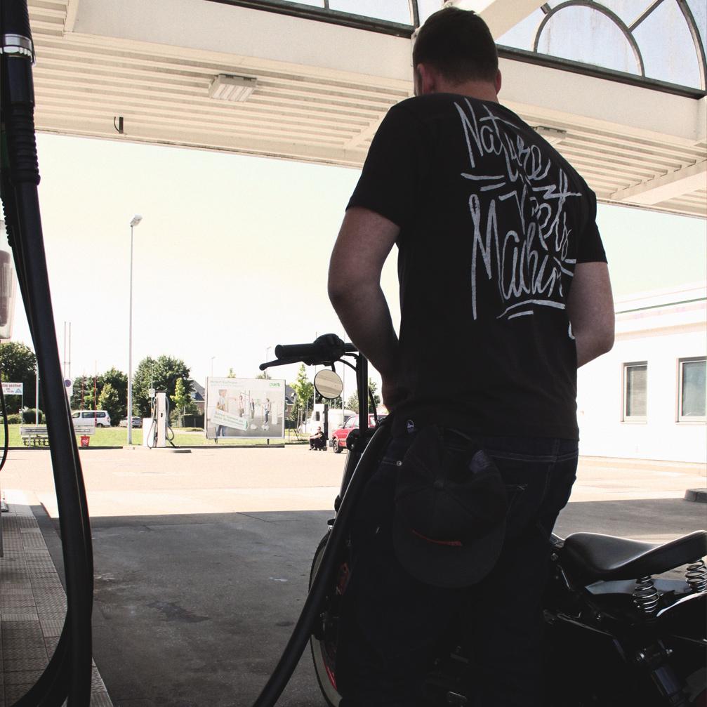 14borke-benzin_look